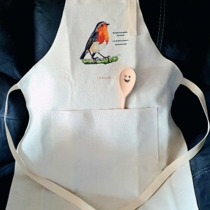 Apron with Painting of Robin Homeware Gifts.jpeg